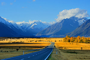 new-zealand-mt-cook-and-road